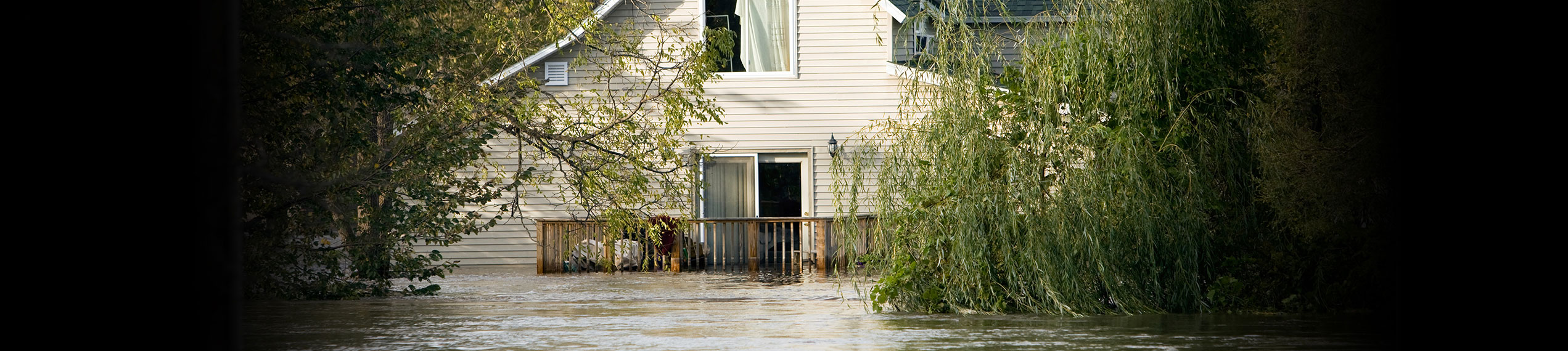 Water & Flood Damage Removal Services in Paul Davis Restoration of Metro New Jersey